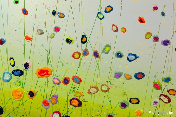MURAVYEVA Yulia - Bright flowerfield with blue sky